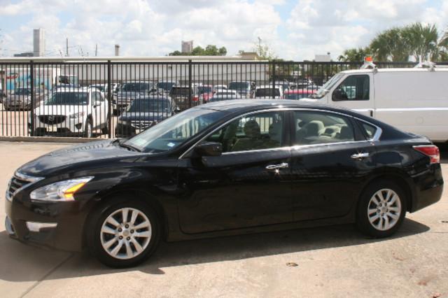 2015 Nissan Altima 2.5 S Houston, Texas 1