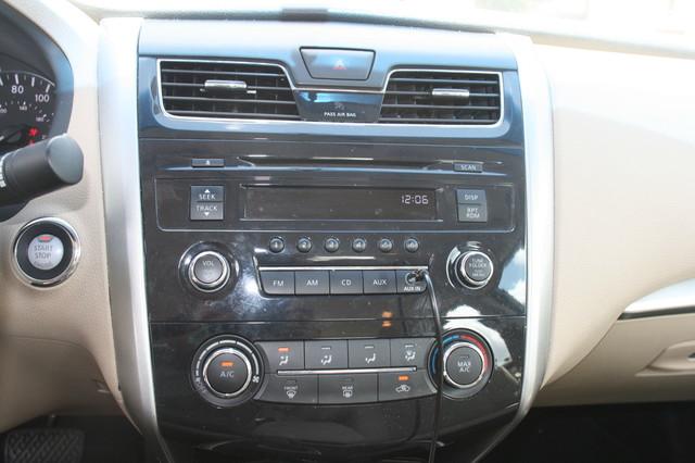 2015 Nissan Altima 2.5 S Houston, Texas 9