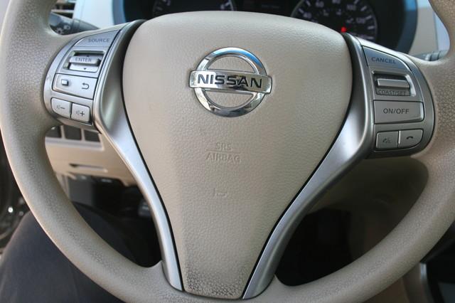 2015 Nissan Altima 2.5 S Houston, Texas 11