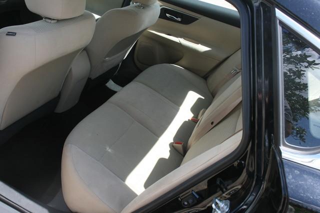 2015 Nissan Altima 2.5 S Houston, Texas 15