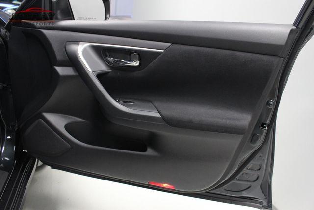 2015 Nissan Altima 2.5 SV Merrillville, Indiana 24