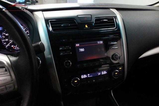 2015 Nissan Altima 2.5 SV Merrillville, Indiana 19