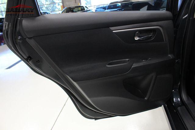 2015 Nissan Altima 2.5 SV Merrillville, Indiana 25