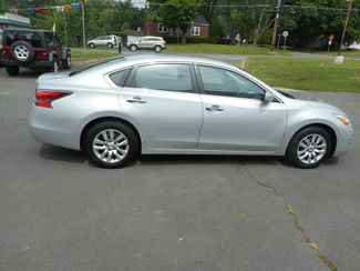 2015 Nissan Altima 2.5 S New Windsor, New York 6