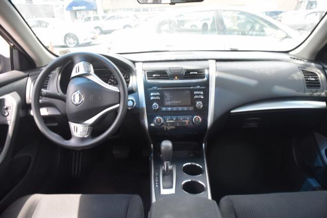 2015 Nissan Altima 2.5 S Richmond Hill, New York 6