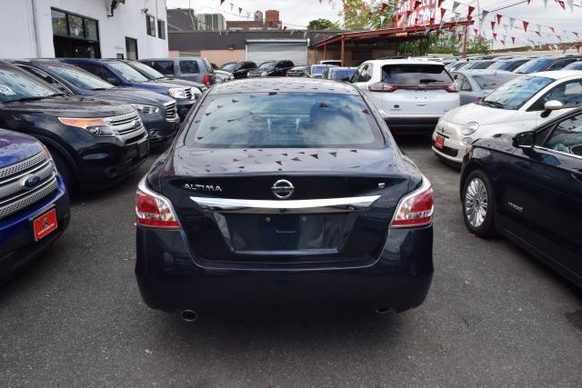 2015 Nissan Altima 2.5 S Richmond Hill, New York 5