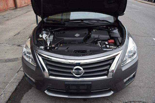 2015 Nissan Altima 2.5 SL Richmond Hill, New York 3