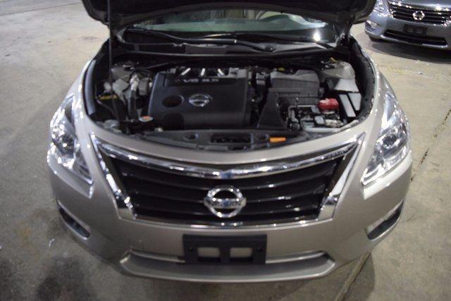 2015 Nissan Altima 3.5 SL Richmond Hill, New York 2