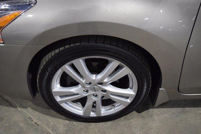 2015 Nissan Altima 3.5 SL Richmond Hill, New York 4