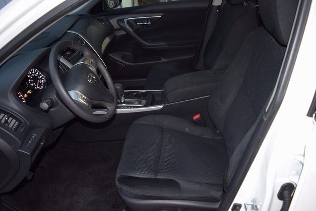 2015 Nissan Altima 2.5 SV Richmond Hill, New York 12