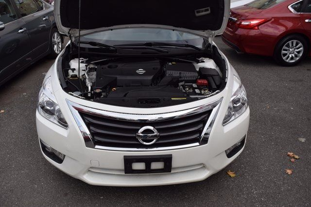 2015 Nissan Altima 2.5 SL Richmond Hill, New York 3