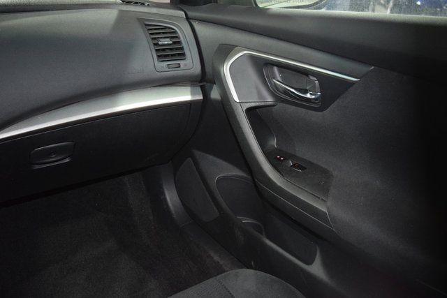 2015 Nissan Altima 2.5 S Richmond Hill, New York 12
