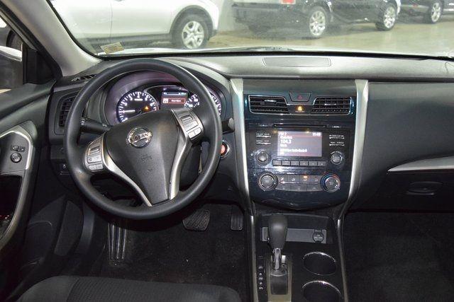 2015 Nissan Altima 2.5 S Richmond Hill, New York 14