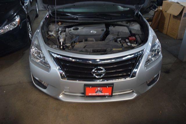 2015 Nissan Altima 2.5 Richmond Hill, New York 3