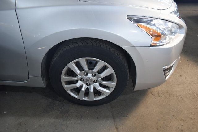 2015 Nissan Altima 2.5 Richmond Hill, New York 4