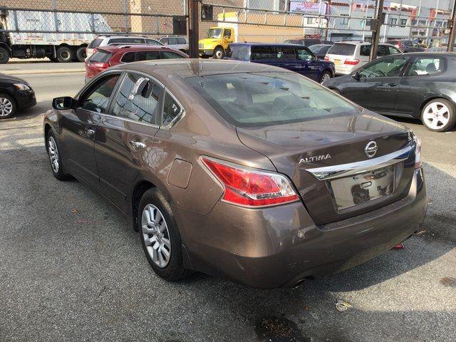 2015 Nissan Altima 2.5 S Richmond Hill, New York 3