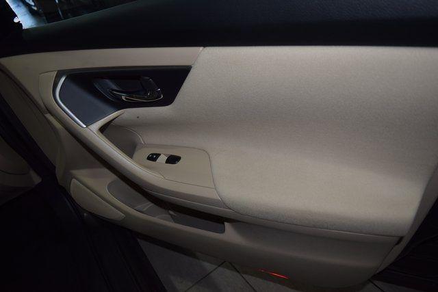2015 Nissan Altima 2.5 Richmond Hill, New York 11