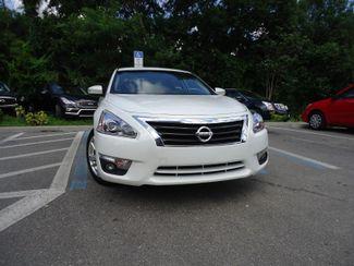 2015 Nissan Altima SL TECH. NAVIGATION. SUNRF. LTHR. BOSE. BLIND SPOT SEFFNER, Florida 8