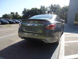 2015 Nissan Altima SL. LEATHER. CAM. BOSE SOUND. HTD SEATS SEFFNER, Florida 10