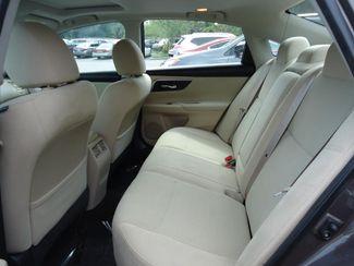 2015 Nissan Altima SV TECH PKG. NAVI. SUNRF. HTD SEATS. BLIND SPOT SEFFNER, Florida 16