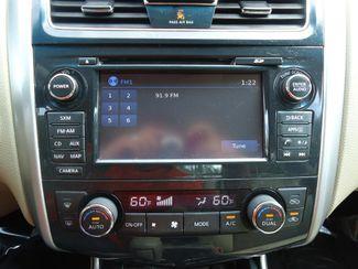 2015 Nissan Altima SV TECH PKG. NAVI. SUNRF. HTD SEATS. BLIND SPOT SEFFNER, Florida 28