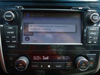 2015 Nissan Altima SV TECH PKG. NAVI. SUNRF. HTD SEATS. BLIND SPOT SEFFNER, Florida 35