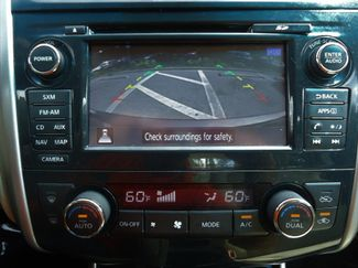 2015 Nissan Altima SV TECH PKG. NAVI. SUNRF. HTD SEATS. BLIND SPOT SEFFNER, Florida 36