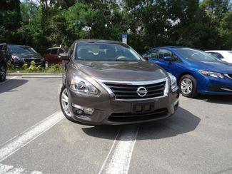 2015 Nissan Altima SV TECH PKG. NAVI. SUNRF. HTD SEATS. BLIND SPOT SEFFNER, Florida 9