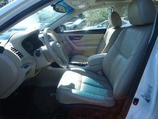 2015 Nissan Altima SL. LEATHER. SUNRF. CAMERA. BOSE SOUND. HTD SEATS SEFFNER, Florida 4