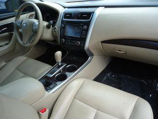 2015 Nissan Altima SL TECH. NAVI. SUNRF. LTHR. BOSE. BLIND SPOT SEFFNER, Florida 15