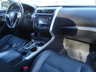 2015 Nissan Altima SL TECH. NAVI. LTHR. SUNRF. BOSE. BLIND SPOT SEFFNER, Florida 5