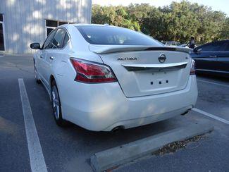 2015 Nissan Altima SL TECH. NAVI. SUNRF. LTHR. BOSE. BLIND SPOT SEFFNER, Florida 11