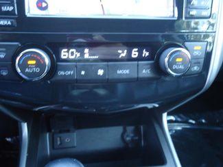 2015 Nissan Altima SL TECH. NAVI. SUNRF. LTHR. BOSE. BLIND SPOT SEFFNER, Florida 33