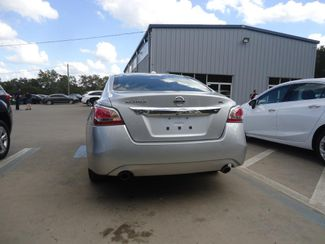 2015 Nissan Altima SL. CAM. LEATHER. HTD SEATS. BOSE. SOUND SEFFNER, Florida 8
