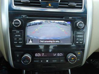 2015 Nissan Altima 2.5 SL. NAVIGATION. SUNROOF. LEATHER. HTD SEATS SEFFNER, Florida 38