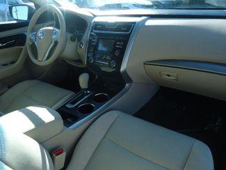 2015 Nissan Altima 2.5 S. W/ BACKUP CAMERA SEFFNER, Florida 15