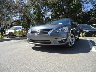 2015 Nissan Altima  SV. CAMERA. ALLOY. REMOTE STRT. DUAL ZONE AIR SEFFNER, Florida