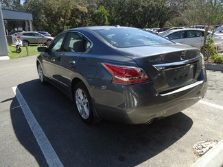 2015 Nissan Altima  SV. CAMERA. ALLOY. REMOTE STRT. DUAL ZONE AIR SEFFNER, Florida 5