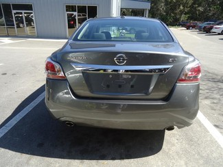 2015 Nissan Altima  SV. CAMERA. ALLOY. REMOTE STRT. DUAL ZONE AIR SEFFNER, Florida 7