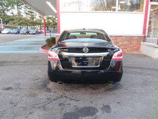 2015 Nissan Altima 25 SL  city CT  Apple Auto Wholesales  in WATERBURY, CT