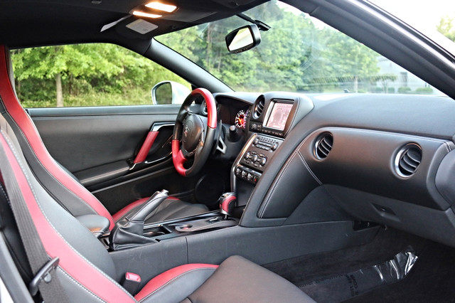 2015 Nissan GT-R Black Edition Mooresville, North Carolina 20
