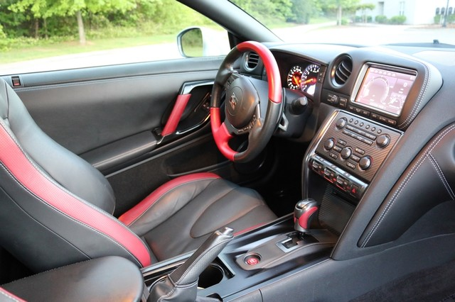 2015 Nissan GT-R Black Edition Mooresville, North Carolina 23