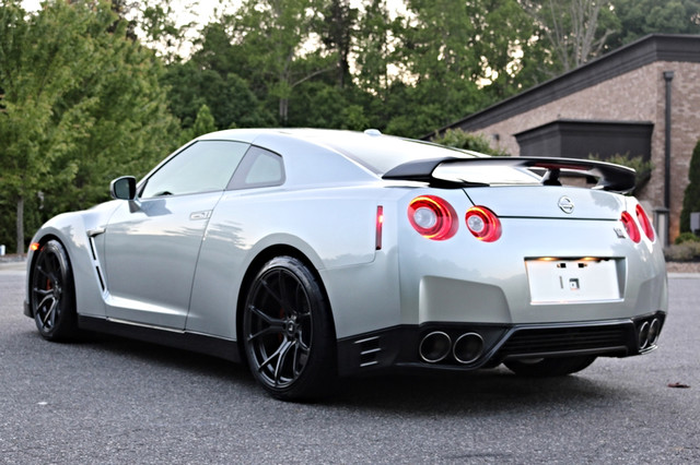 2015 Nissan GT-R Black Edition Mooresville, North Carolina 6