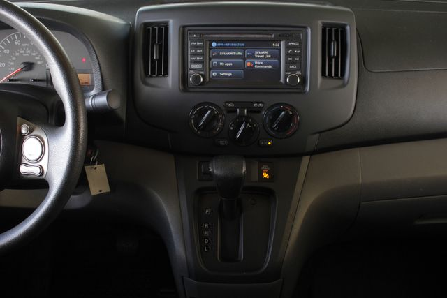 2015 Nissan NV200 SV - TECH PKG - NAVIGATION - MICHELINS! Mooresville , NC 10
