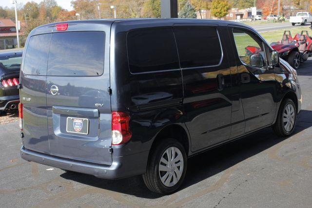 2015 Nissan NV200 SV - TECH PKG - NAVIGATION - MICHELINS! Mooresville , NC 22