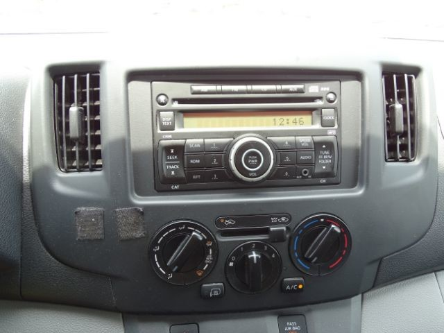 2015 Nissan NV200 SV San Antonio , Texas 18