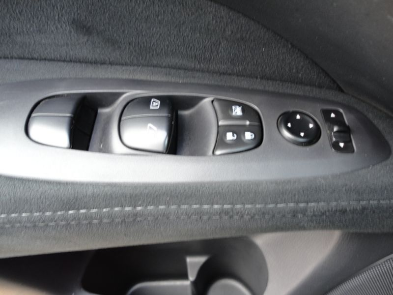 2015 Nissan Pathfinder SV  Brownsville TX  English Motors  in Brownsville, TX