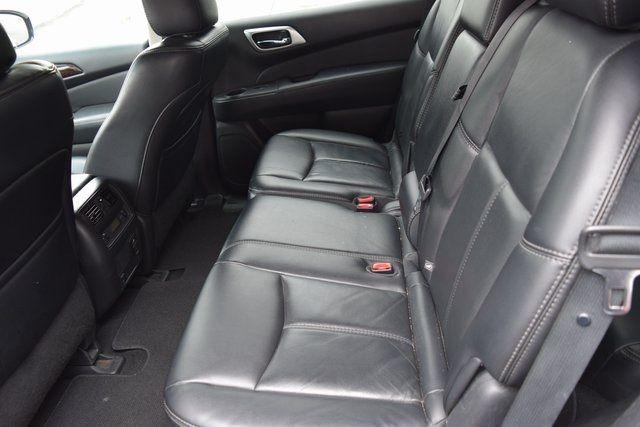 2015 Nissan Pathfinder SL Richmond Hill, New York 11