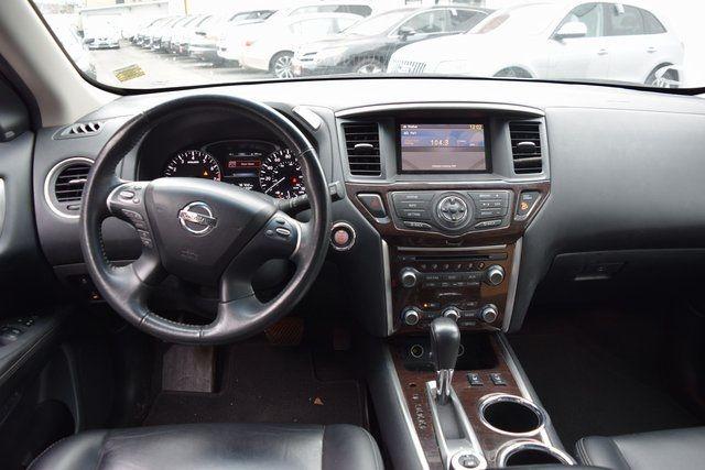 2015 Nissan Pathfinder SL Richmond Hill, New York 13