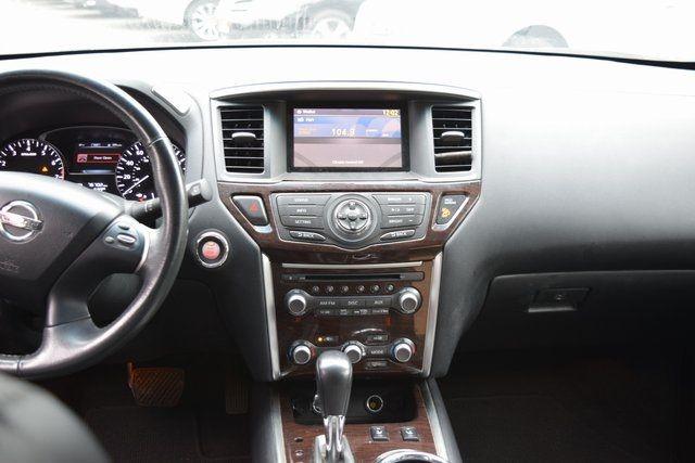 2015 Nissan Pathfinder SL Richmond Hill, New York 16